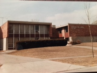 1987 Front Yard